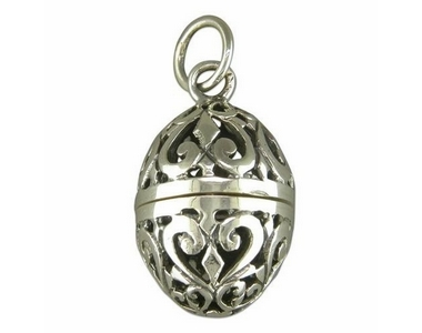 Silver Pomander Locket and Chain SN7